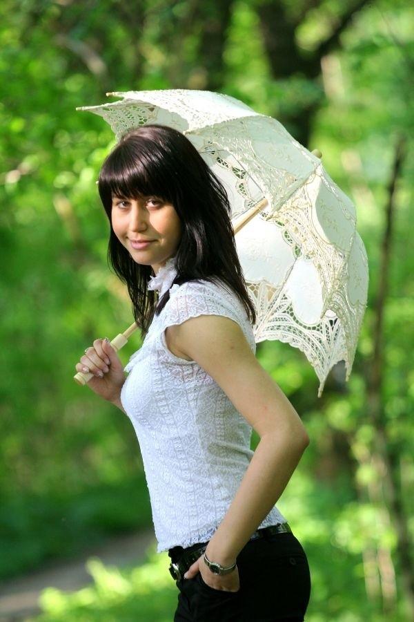 Magda Jagiela ze Starych Siolkowic ma 22 lata. Jeśli chcesz oddac na nią glos wyślij SMS o treści MISS.19 na nr 71051. Koszt - 1,22 zl.