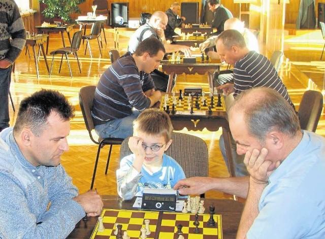 Piotr Mika (z lewej), gra ze swoim bratem Andrzejem