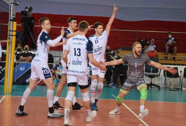 Grupa Azoty ZAKSA Kędzierzyn-Koźle pokonała po raz drugi Ślepsk Malow Suwałki awansując do półfinału Plus Ligi