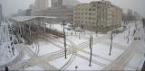 Łódź zasypana śniegiem. Fatalne warunki jazdy na ulicach, niebezpiecznie na chodnikach