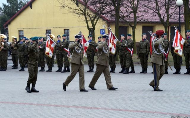 Uroczystość przekazania obowiązków na stanowisku Dowódcy 1. Brygady Logistycznej odbyła się na placu apelowym brygady w Bydgoszczy.