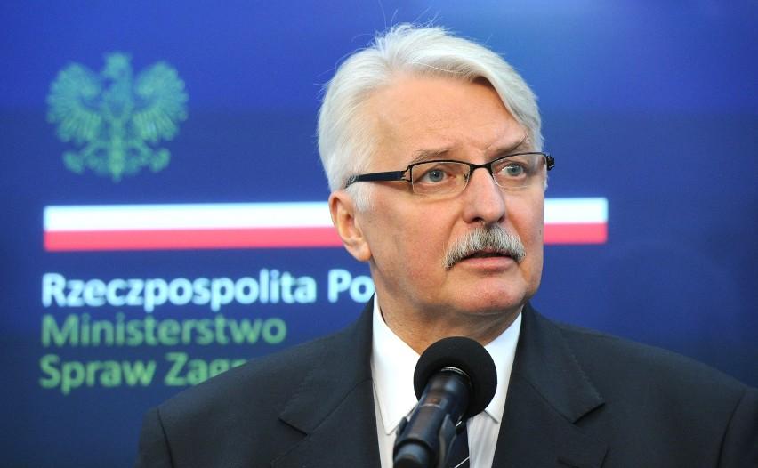 Politycy PiS krytykują Waszczykowskiego za zaproszenie Komisji Weneckiej do Polski [VIDEO]