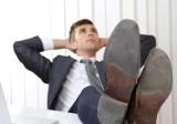 Dłuższy urlop za staż pracy 2020: jak wydłużyć urlop. Za co przysługuje pracownikowi dodatkowy urlop. Co to jest urlop od korporacji?