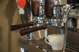 Potrzebujesz od rana kawy? Zobacz, jak pijano ten napój Bogów na kórnickim zamku 150 lat temu