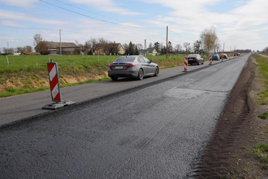 Trwa remont drogi wojewódzkiej nr 548, która łączy północną...