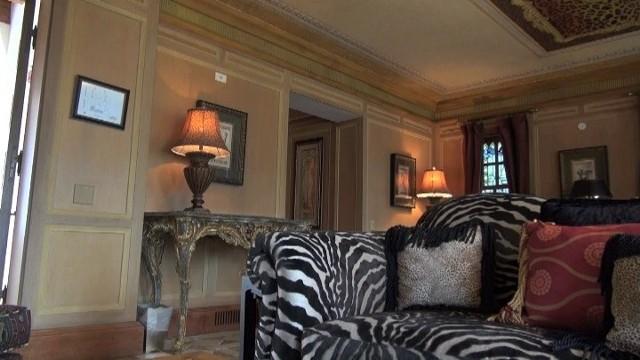 Sypialnia Gianniego VersaceZobacz, jak mieszkał Giannie Versace (WIDEO)