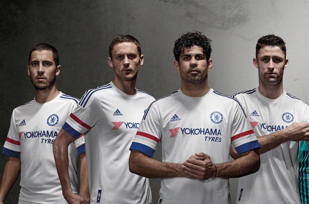 Chelsea w klasycznej bieli. Nowa koszulka wyjazdowa od