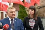Urszula Mirończuk poza Urzędem Miasta Białystok. Wieloletnie rzeczniczka prezydenta Tadeusza Truskolaskiego wybrała inną drogę zawodową