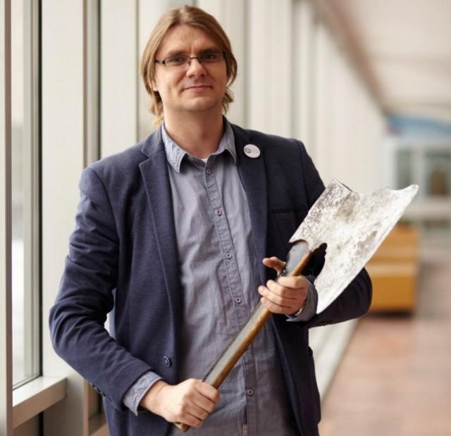 Michał Bogacki, dyrektor muzeum w Gnieźnie, SMS o treści CZRW.36