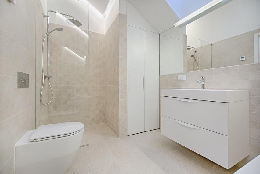 Oświetlenie łazienkowe Na Co Uważać Montując Oświetlenie