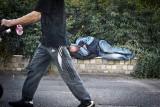 Bezdomny alkoholik terroryzuje bydgoskich kupców
