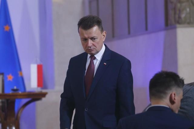 Koronawirus w Polsce. Wybory prezydenckie przełożone z powodu wirusa z Chin? Mariusz Błaszczak odpowiada