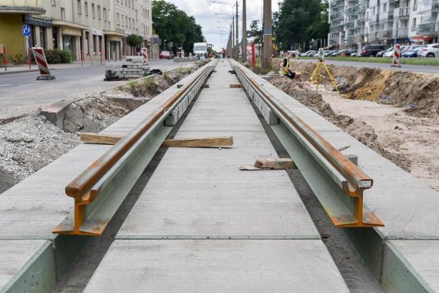 Trwa remont torowiska przy ul. Broniewskiego