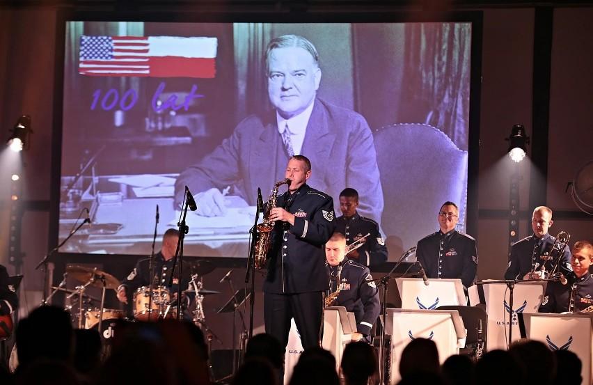Kraków. Uczcić Hoovera. Gala i muzyczny wieczór z Orkiestrą Amerykańskich Sił Powietrznych w Europie [ZDJĘCIA]
