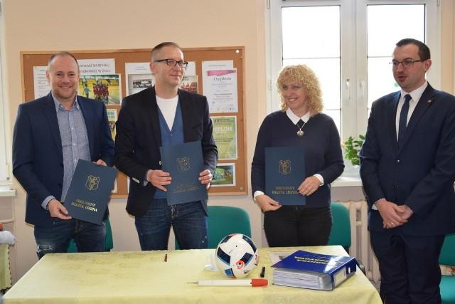 Patron Akademii Piłkarskiej, Piotr Reiss i prezydent Leszna, Łukasz Borowiak