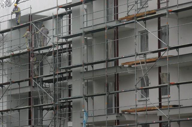 Nowe mieszkaniaNa rynku wciąż brakuje mieszkań, które odpowiadałyby potrzebom klientów.