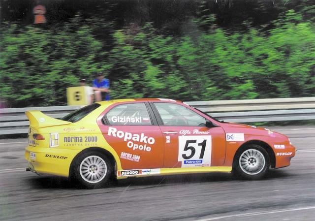 Powrót Mirosława Gizińskiego na wyścigowe trasy okazał się na razie pechowy.