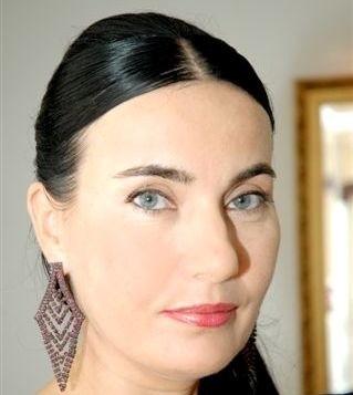 Barbara Słapek, właścicielka Perfumerii For You w Kielcach: - Na Dzień Zakochanych w naszych sklepach mamy także specjalną, walentynkową ofertę i promocyjne ceny.