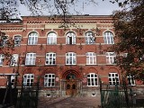 """Nowy Targ. Nauczycielka historii w """"Goszczyńskim"""" odmówiła pracy z uczniami popierającymi... Strajk Kobiet"""