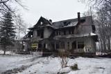 Zakopane. Policja wyjaśnia okoliczności pożaru. Służby sprawdzają inne pustostany w mieście