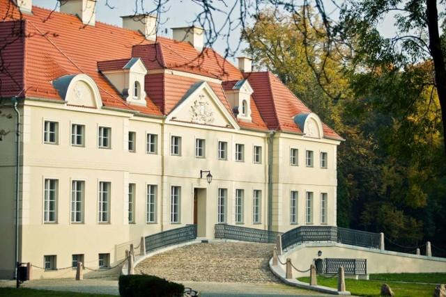 Zespół Pałacowo-Parkowy w Gułtowach (gmina Kostrzyn) koło Poznania