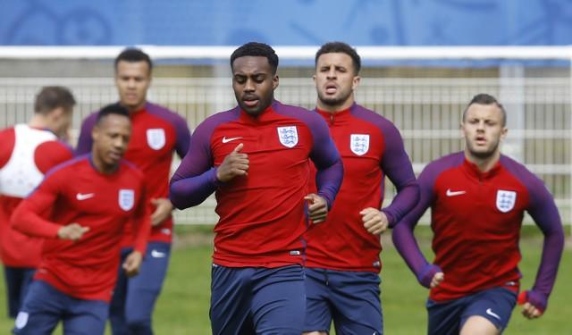 Euro 2016: Anglia – Rosja na żywo już dziś, 11 czerwca 2016 (Anglia – Rosja 11.06.2016). Transmisja meczu Anglia – Rosja Euro 2016 w telewizji i w sieci. Sprawdźcie, gdzie obejrzeć mecz Anglia – Rosja za darmo - transmisja na żywo w TV, transmisja na żywo w sieci. Gdzie oglądać Anglia - Rosja.