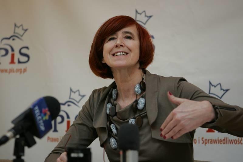 Elżbieta Rafalska nie wyklucza, że sprawą przedłużenia likwidacji byłego SP ZOZ w Kostrzynie powinna się zająć prokuratura.