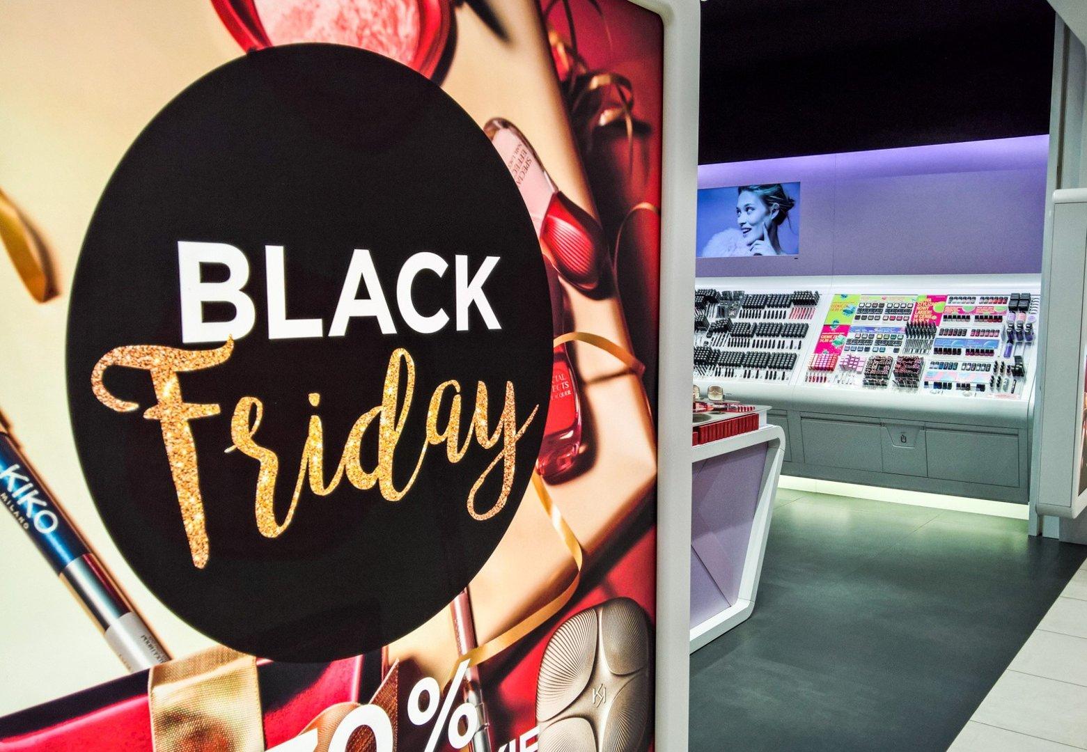 bffb1dea374278 Black Friday 2018. Kiedy Black Friday? Gdzie są zniżki, promocje ...