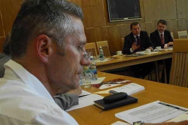 Przedstawiciel Ukrainy chciał zachęcać opolskich przedsiębiorców do nawiązywania kontaktów gospodarczych ze swoimi rodakami. Nikogo to jednak nie interesowało.