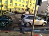 Poznań: Wypadek na ul. Bukowskiej - zderzyły się cztery samochody. Jedna osoba została ranna