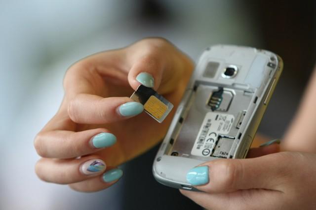 Coraz mniej czasu zostało użytkownikom kart prepaid na ich zarejestrowanie.  Przybywa natomiast miejsc, w których można dopełnić formalności.