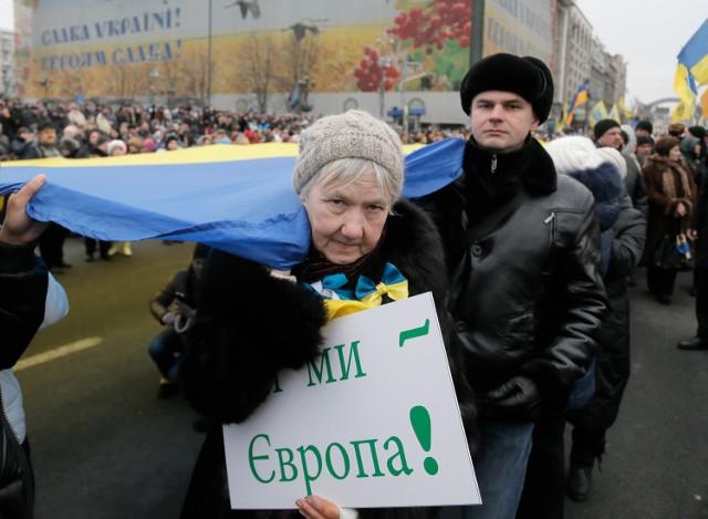 Rocznica Majdanu. Ulicami Kijowa przeszedł Marsz Godności