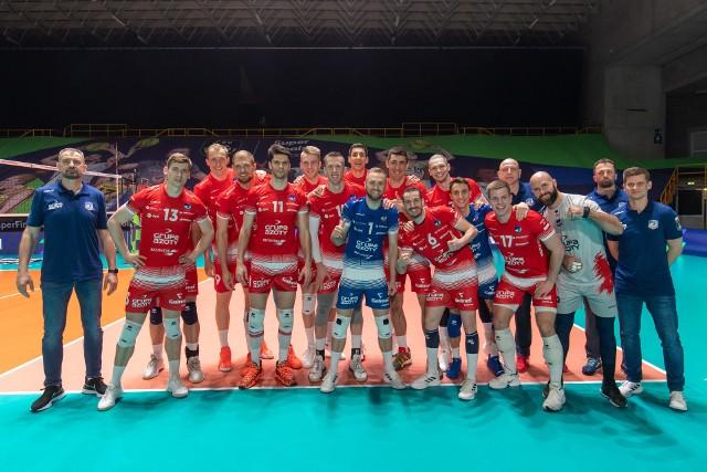 Prezentujemy Wam krótkie sylwetki trenera i zawodników, którzy zapracowali na historyczny triumf Grupy Azoty ZAKSA Kędzierzyn-Koźle w Lidze Mistrzów.