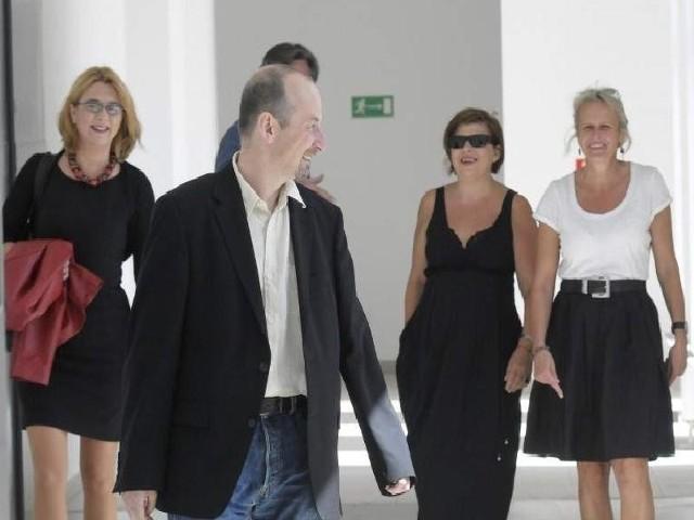 Agnieszka Odorowicz (od lewej), Paweł Łysak, Beata  Chmiel i  Beata Stasińska - Obywatele Kultury przed dyskusją, jak wciągnąć mieszkańców w działania dla wspólnego dobra