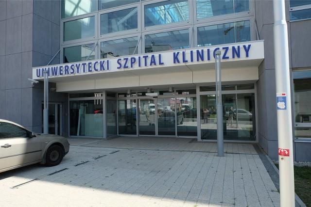 Dyrekcja Uniwersyteckiego Szpitala Klinicznego w Białymstoku wprowadza czasowy zakaz odwiedzin w szpitalu.