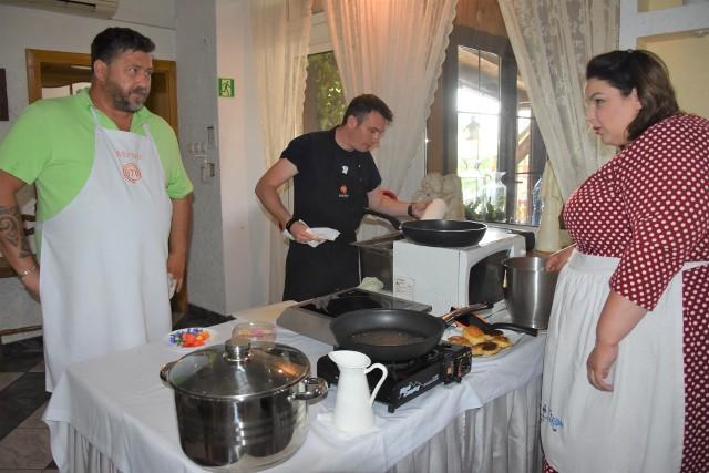 """Tydzień temu w Ślesinie wybierano """"Smaki Krajny i Pałuk"""" (na zdjęciu). W sobotę w Sicienku poznamy """"Smaki Trzech Dolin"""". A to z pewnością nie ostatni konkurs kulinarny w regionie tego lata."""