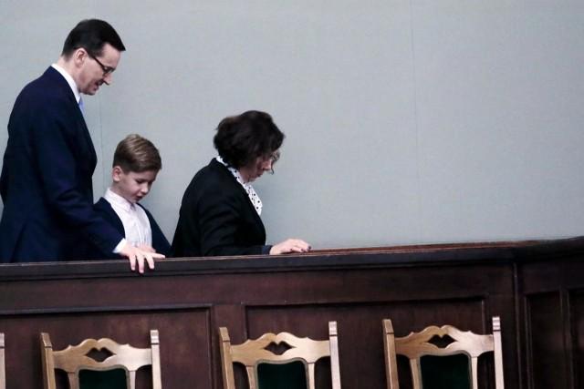 Premier, rodzina, stołki