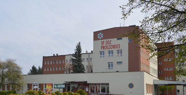 Dyrekcja szpitala zaapelowała by pacjenci z objawami infekcji górnych dog oddechowych przełożyli wizyty w poradniach specjalistycznych