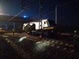 Wypadek na torach w Szymankowie między Tczewem a Malborkiem 9.03.2020. Zderzenie lokomotywy z drezyną, 2 osoby nie żyją [zdjęcia].