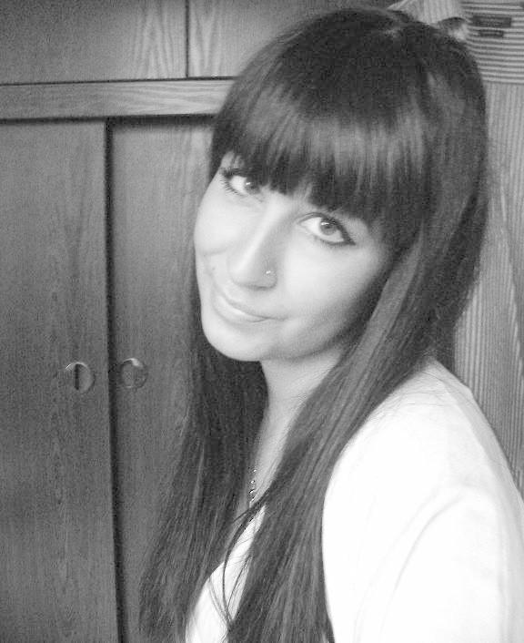 Magda Parvi ma 19 lat i pochodzi z Opola. Jeśli chcesz zaglosowac wyślij SMS o treści MISS.29. Koszt - 1,22 zl z VAT.