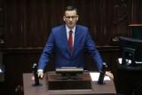 """Premier Mateusz Morawiecki przedstawia szczegóły porozumienia ws. budżetu. """"Polska dostanie grubo ponad 700 mld zł"""" [RELACJA]"""