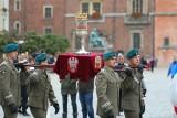 Przez Wrocław przeszła procesja z relikwiami św. Doroty i św. Stanisława (ZDJĘCIA)