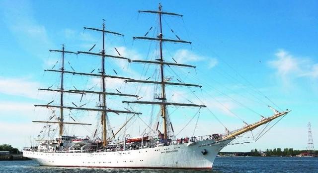 Kilka dni temu pojawiły się plotki, że Dar Młodzieży ma być przekazany Akademii Morskiej w Szczecinie. Szybko została jednak zdementowane.