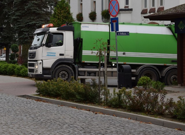 Miasto na wywóz śmieci ma podpisaną umowę z firmą Ekosystem do końca 2019 roku