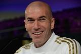 """Trudne zadanie """"szczęściarza"""" Zidane'a, debiut trenera Barcelony"""