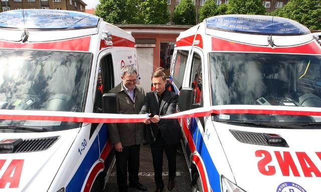 To najnowocześniejsze na rynku wersje ambulansów ratunkowych wyposażone w sprzęt i aparaturę medyczną oraz system lokalizacji karetek.