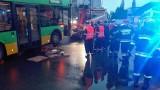 Rondo Rataje: Kobieta wpadła pod autobus [ZDJĘCIA]