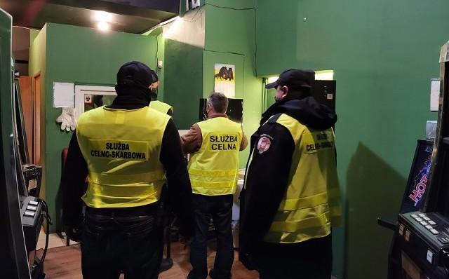 Nielegalne automaty hazardowe znalezione podczas serii kontroli na Dolnym Śląsku