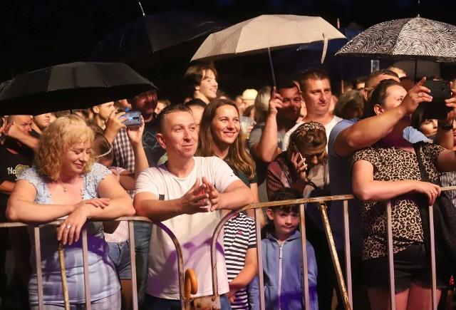 Dużo osób przyszło na koncert Zespołu Big Cyc, który był gwiazdą Dni Garbatki.