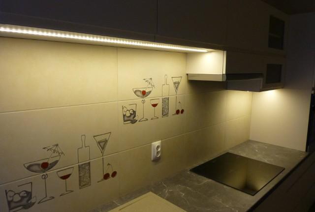 Oświetleni kuchenne - taśma LEDOświetlenie ledowe to jedno z najpopularniejszych rozwiązań.